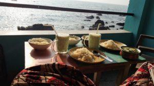 Indisch Essen in Goa auf der eigenen Veranda - Reisebericht Indien 2019