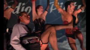 Rocky Hooro Picture Show Screenshot Dr. Scott mit Strapsen im Rollstuhl - Sexy!