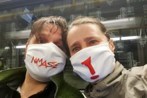 Lustige Corona Masken Gesichtsmasken Mund Nasen Bedeckung Witzig Namaste Ausrufezeichen
